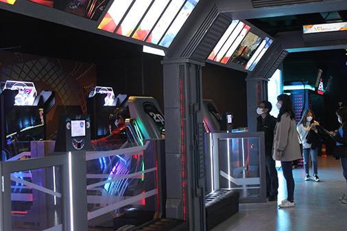 Inside the VR SQUARE